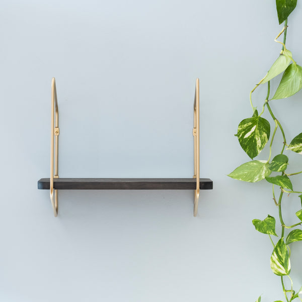 Nomad Wall Shelf / 42x24 cm / Gold / Black