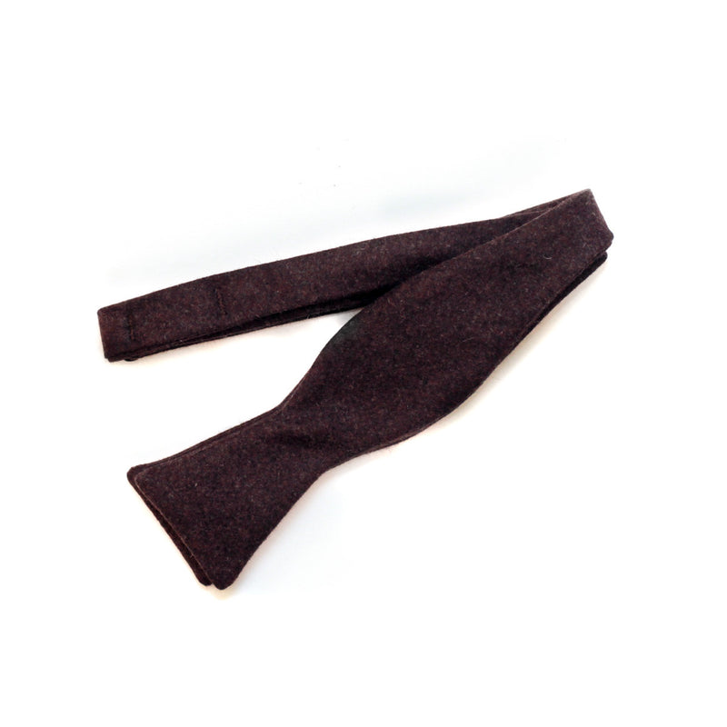 Bow Tie in Burgundy Cashmere