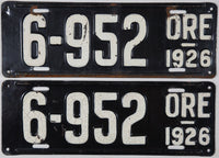 A pair of antique 1926 Oregon Car License Plates