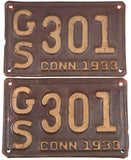1933 Connecticut automobile license plates in very good minus condition