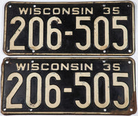 1935 Wisconsin car license plates in very good condition