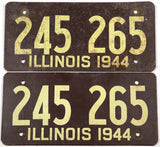 1944 Illinois fiberboard car license plates