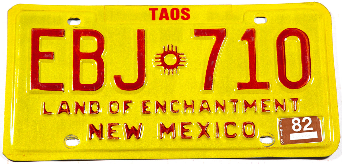 1982 New Mexico car license plate from Taos County in excellent condition