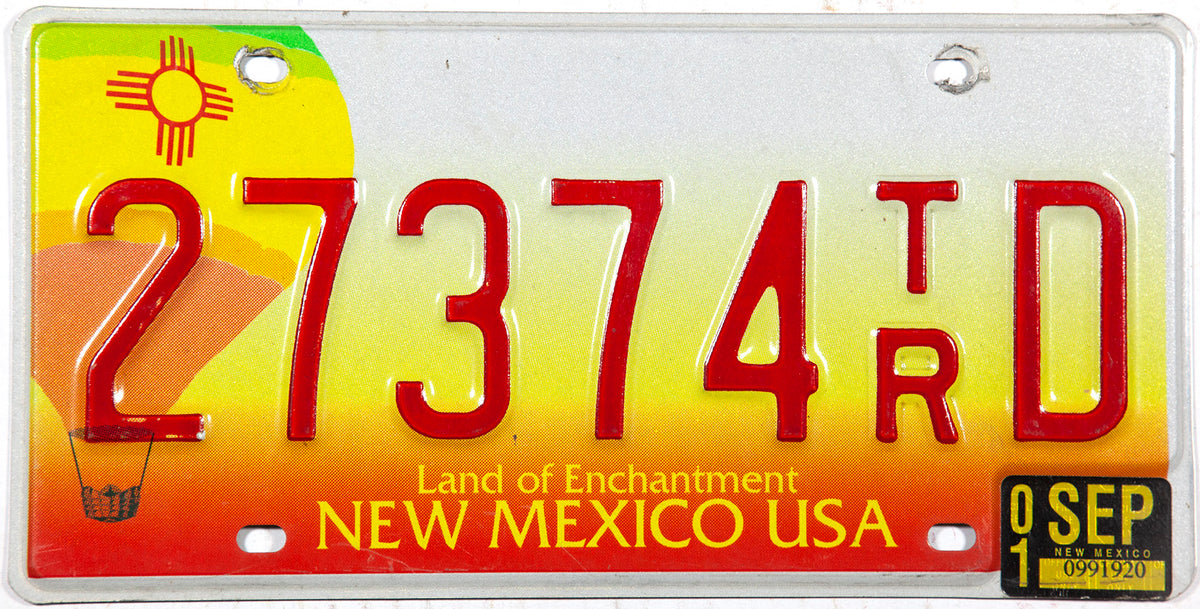 2001 New Mexico balloon base trailer license plate in excellent minus condition