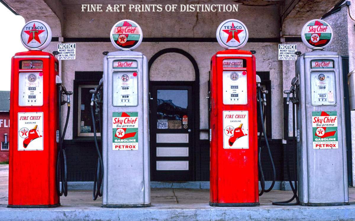 Texaco Gas Island with Four Pumps Premium Service Station Print