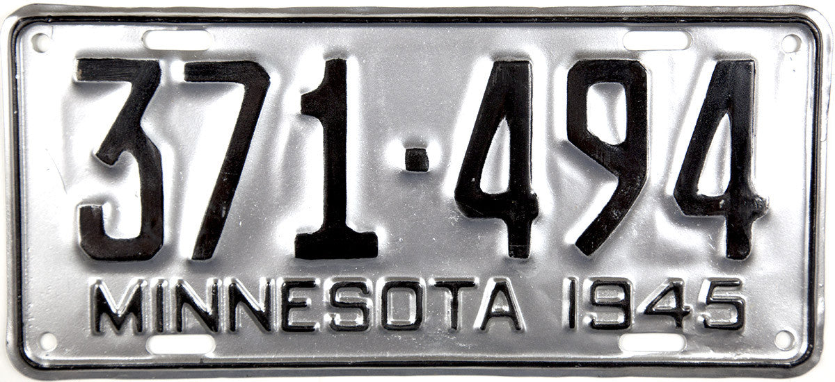 1945 Minnesota License Plate