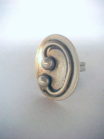 Modernist silver ring with applied wirework ca. 1960s