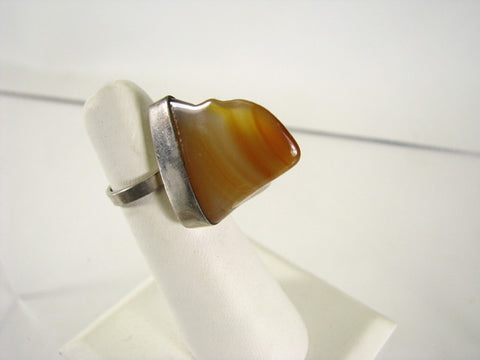Mod abstract ring with polished agate stone, ca. 1970s