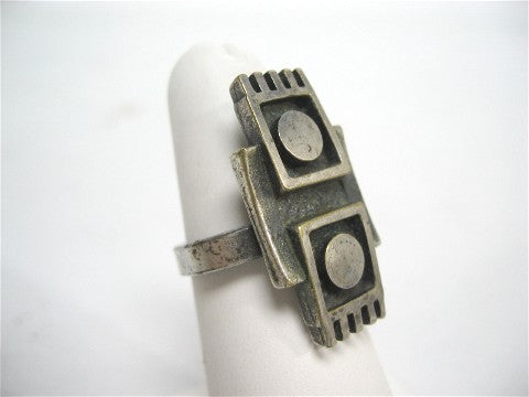 Modernist silver ring with geometric design