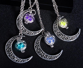 Heart Of The Night Court - Diffuser Necklace