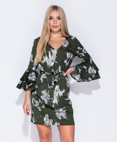 'Evelyn' Floral Flare Sleeve Day Dress | Oopsie