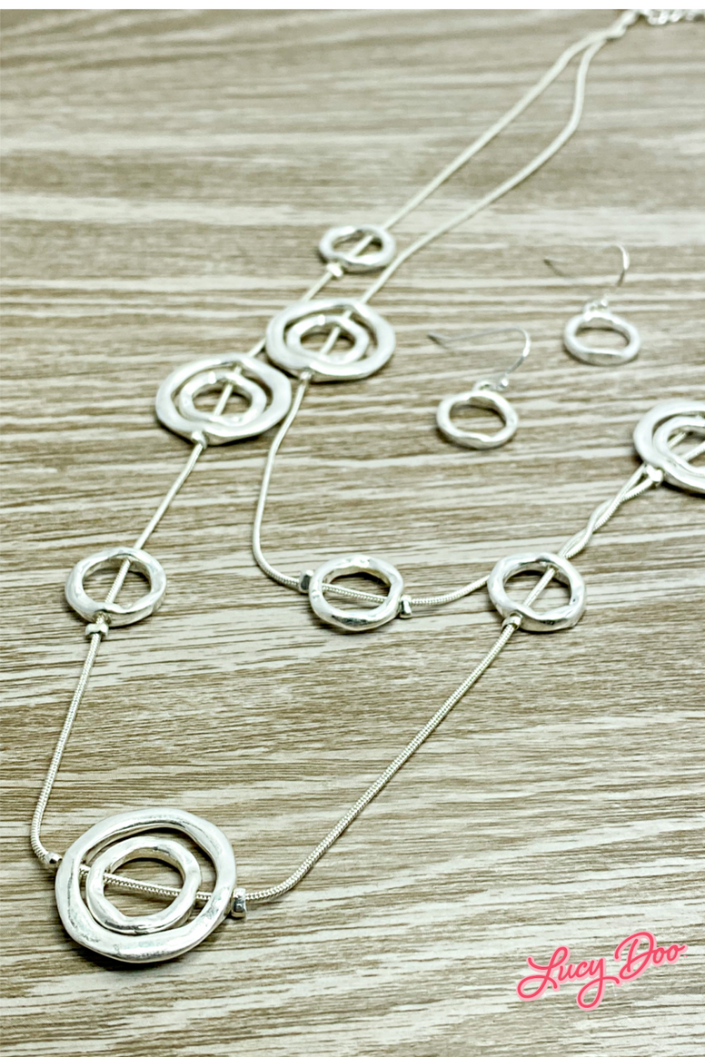Silver Small Circle Layered Necklace Set