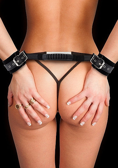 Ouch! Ajustable Leather Handcuffs - Black