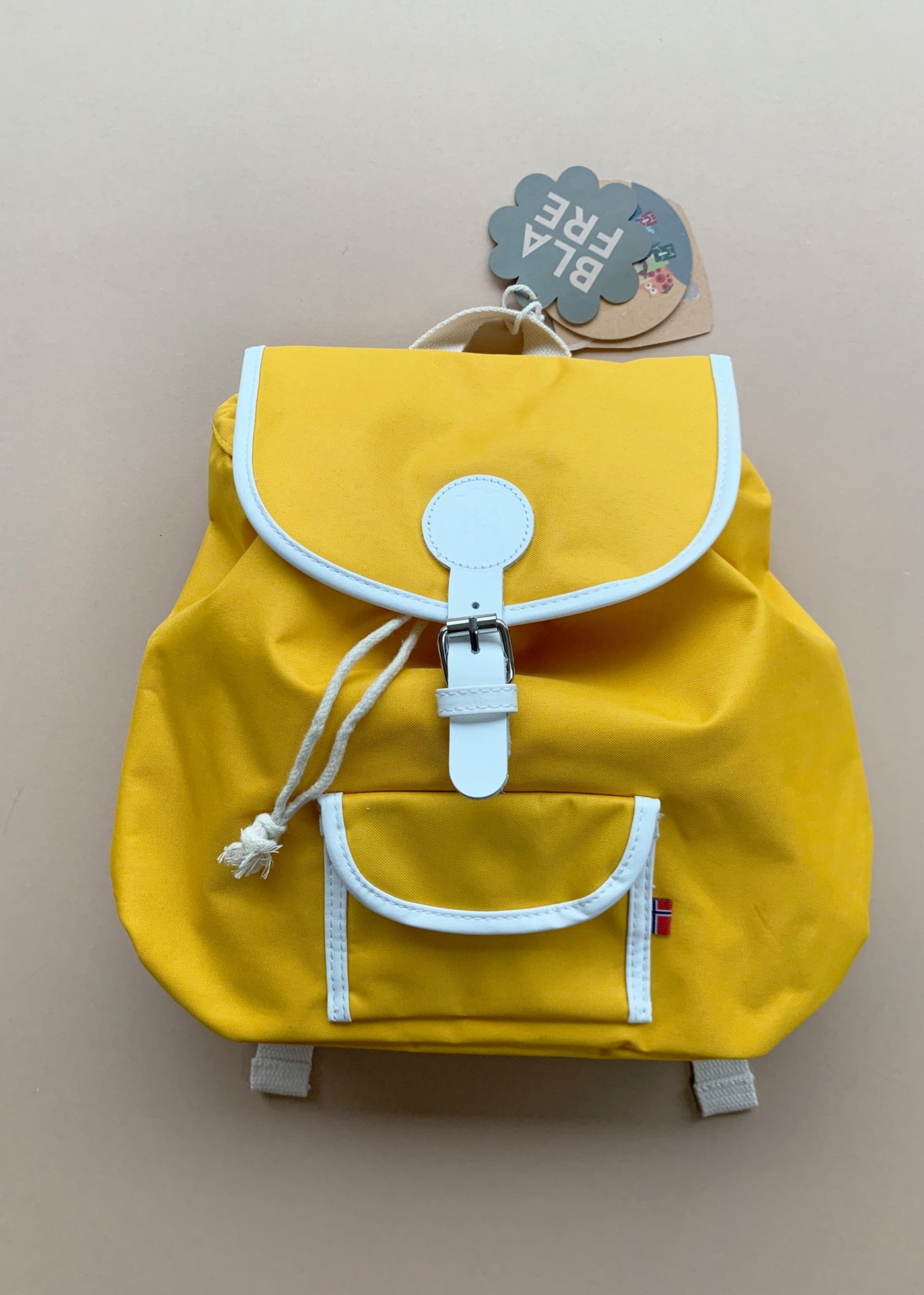 Blafre Medium Backpack in Yellow