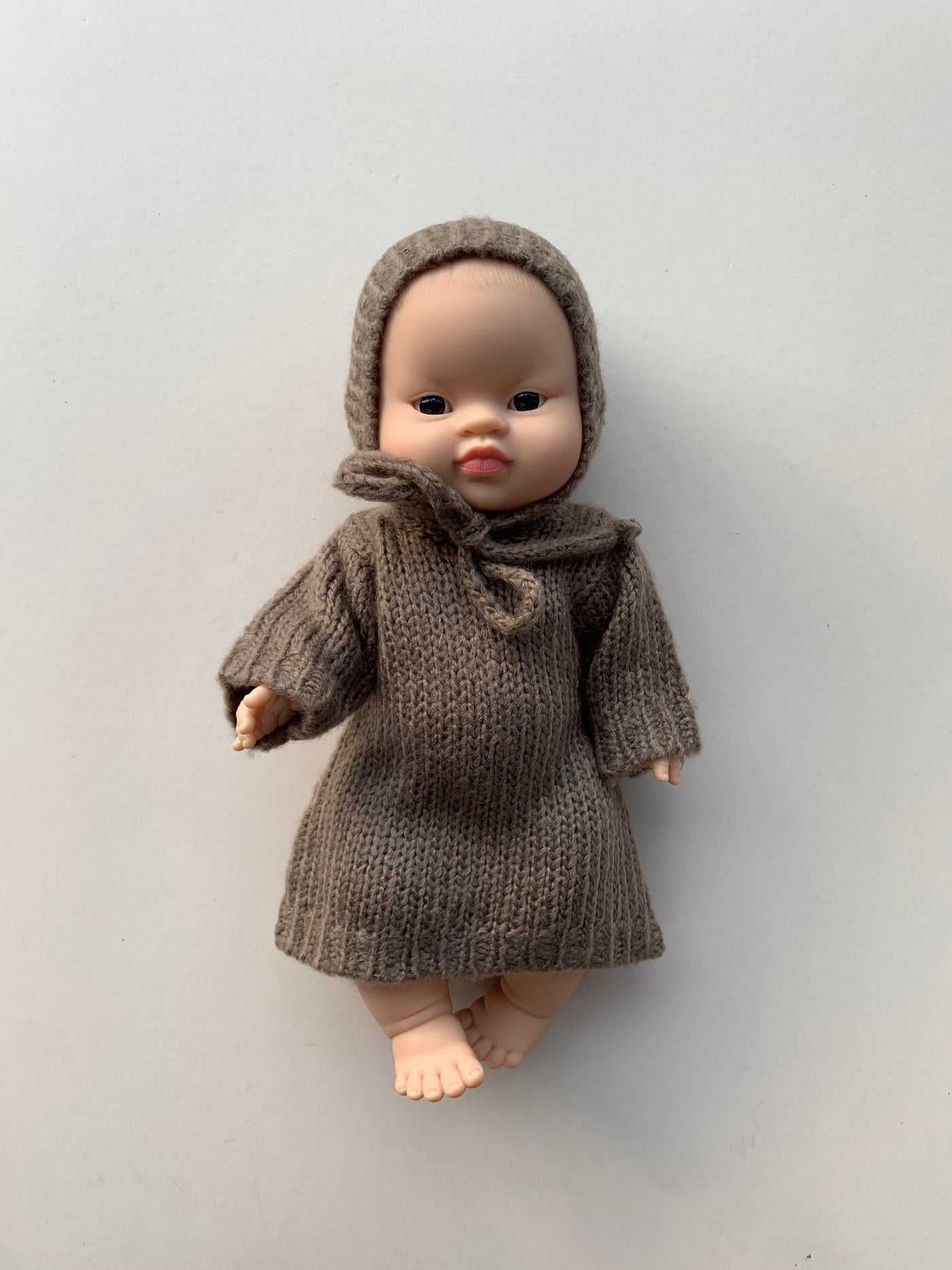 Minikane x Paola Reina Taupe Knitted Set for 34cm Doll