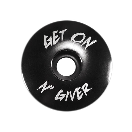 Get On N' Giver Top Cap