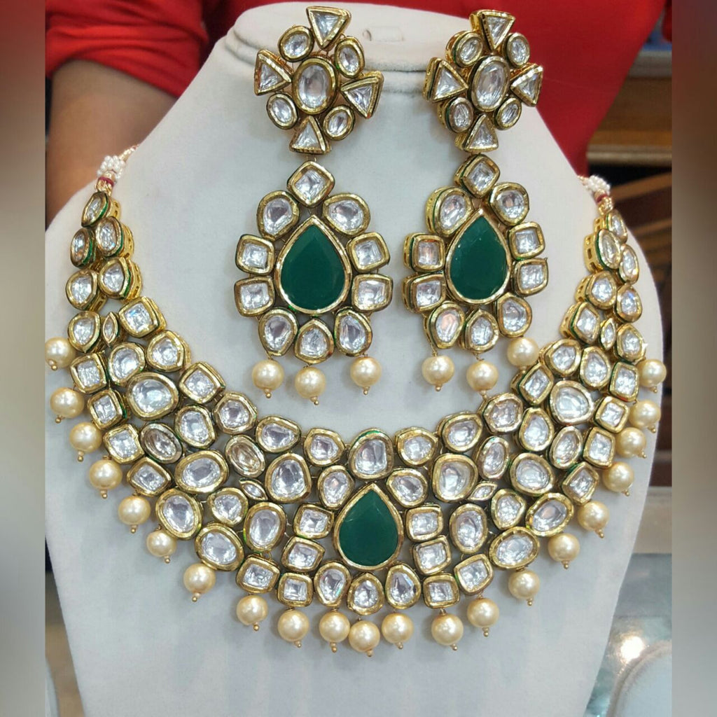 Riviere Kundan Emerald Vintage Statement Necklace Set