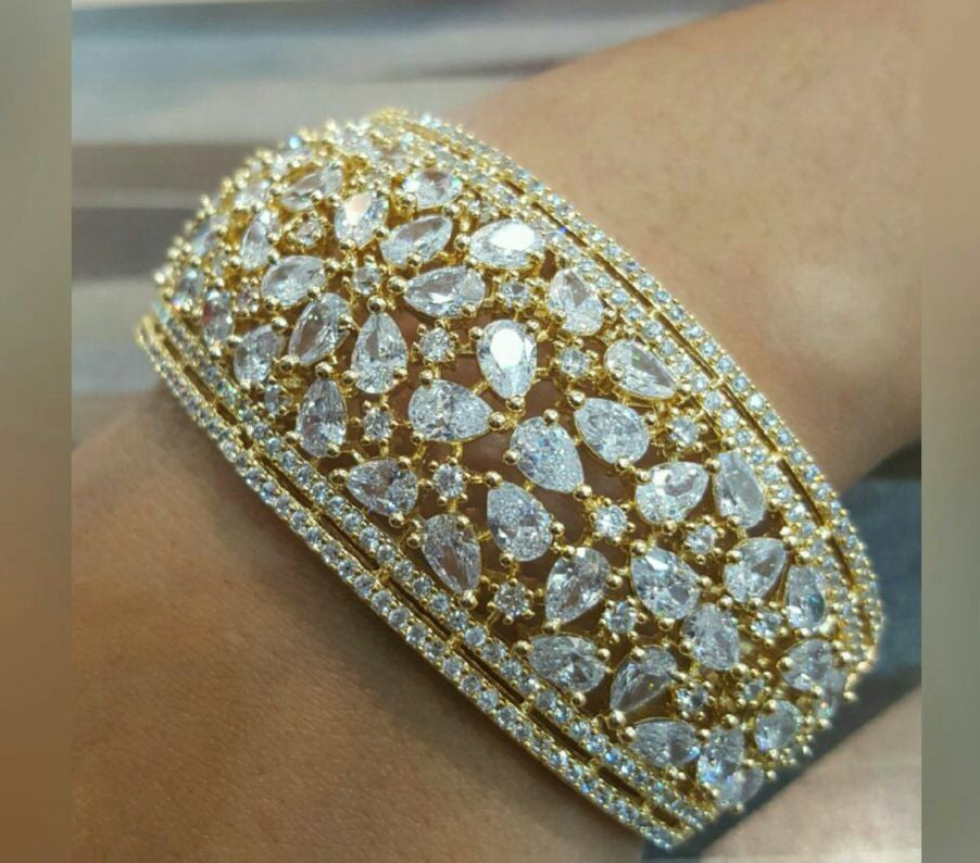Limpid Gold plated with Crystal Studded Stones
