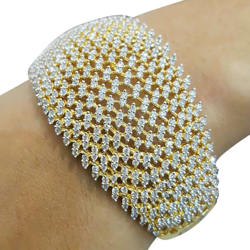 Contour Impale Gold plated with Crystal Studded Stones Bangles
