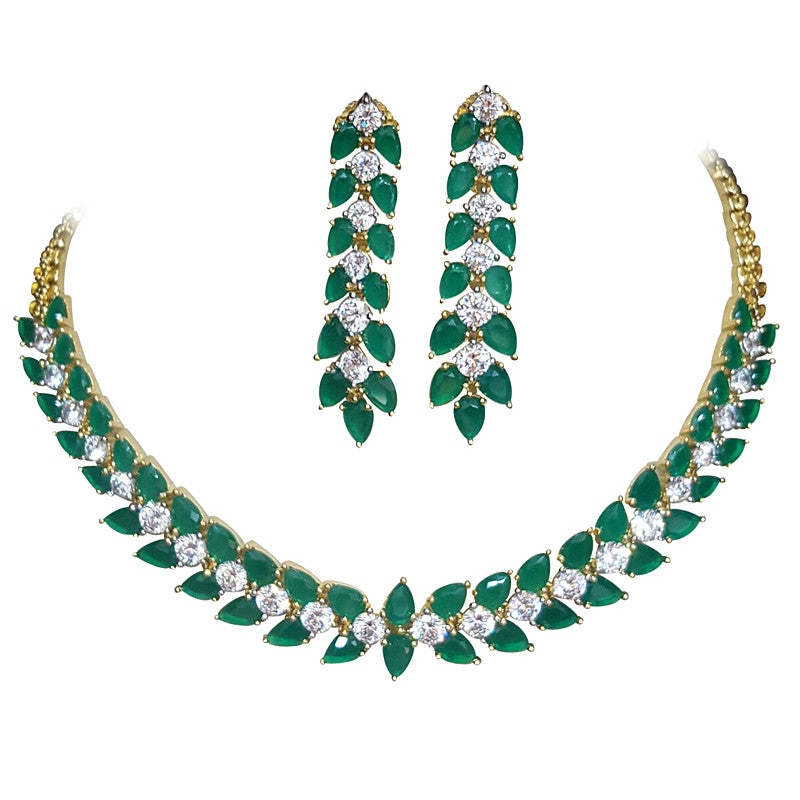 Glitz Emerald color stones Statement Necklace Set