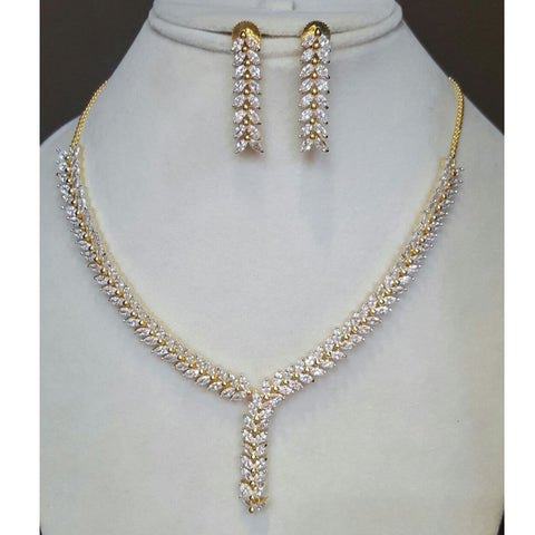 Sleek Copper Gold and Silver Platted Chain Necklace