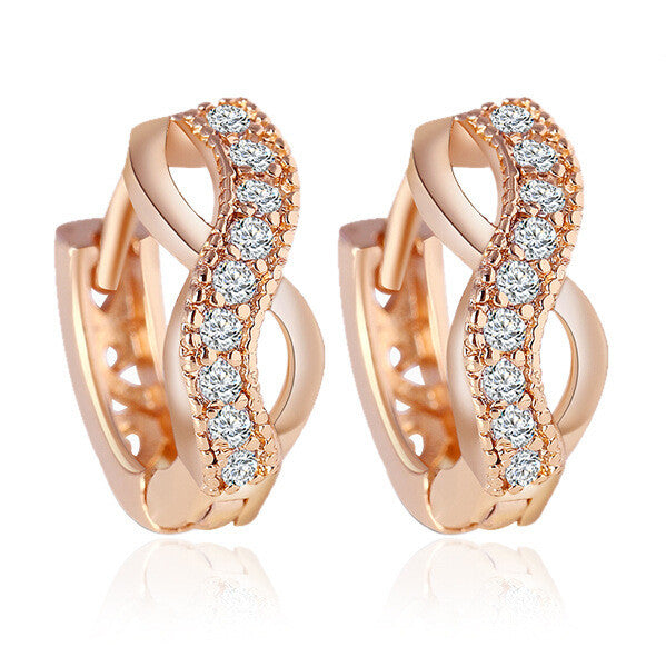 Rose Gold Platted Earring with Zircon Crystal Studded Stones
