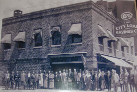 The Meeting Place on Market building in 1923