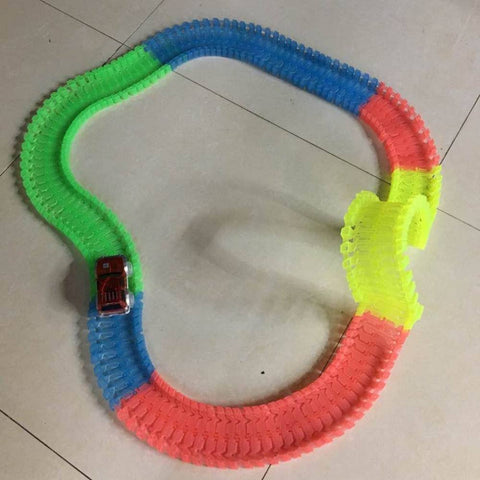 Glow in the Dark Magic Track (220pcs)