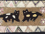 The ultimate 'folky' cat hooked rug