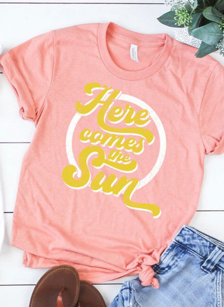 Here Comes The Sun Tee (plus)