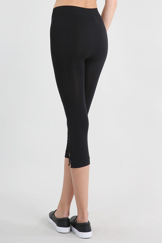 Side Criss-Cross Capri Leggings