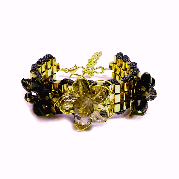 """Ferari"" Flower Gold Bangle"