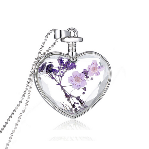 """Cantik"" 18-Karat White Gold Real Dried Flower Heart Necklace ~ Purple"