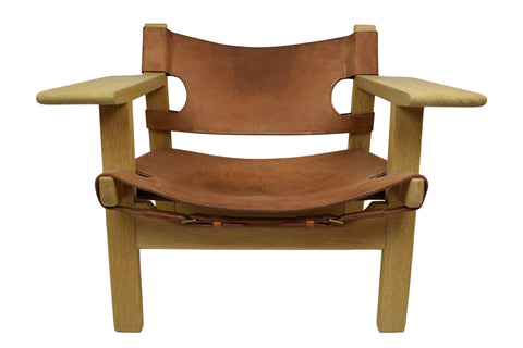The Spanish Chair by Børge Mogensen, model 2226, patinated full-grain leather upholstery, brass buckles made in Denmark