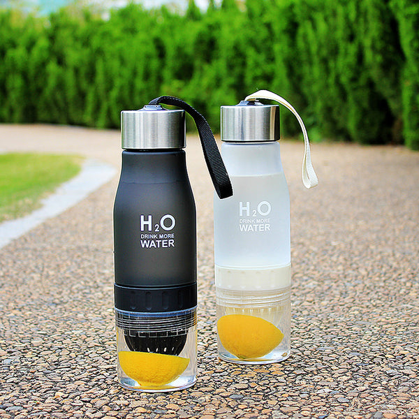 2019 New Xmas Gift 650ml Water Bottle plastic Fruit infusion bottle Infuser Drink Outdoor Sports Juice lemon Portable Kettle