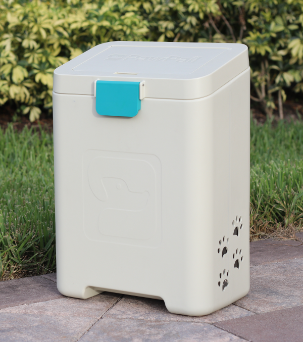 PawPail® Pet Waste Station Featured by Gadget Flow