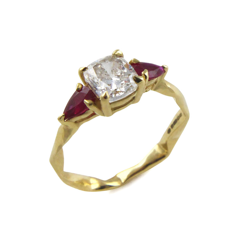 Cushion cut diamond and ruby 18ct gold ring