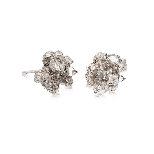 UNDER EARTH Stone Studs - Silver