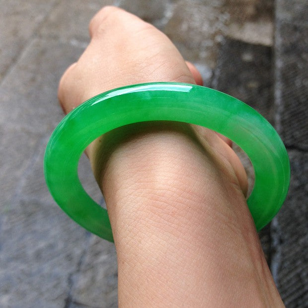 Cixi jade bangle bracelets sold for 71.4 million yuan