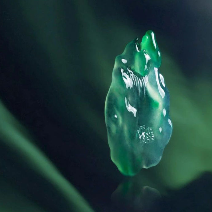 Jadeite nurtures women's beauty