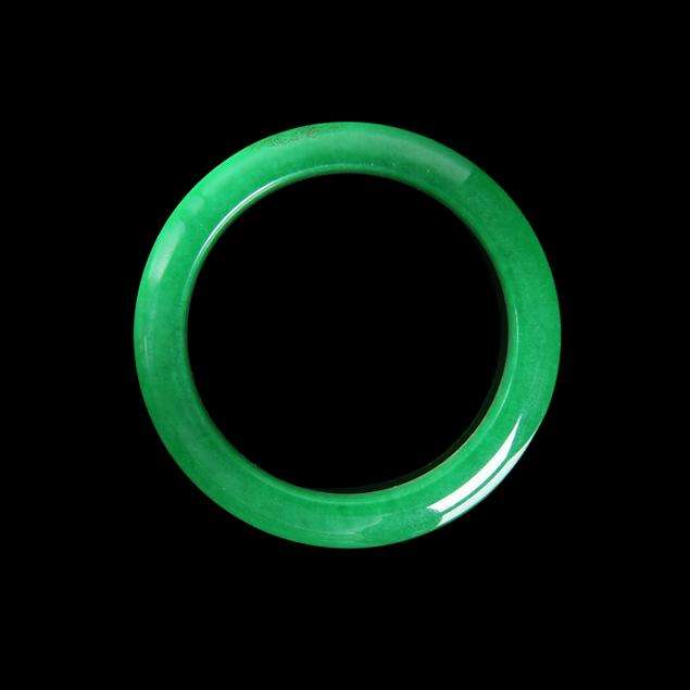 The jade bracelet with the soul