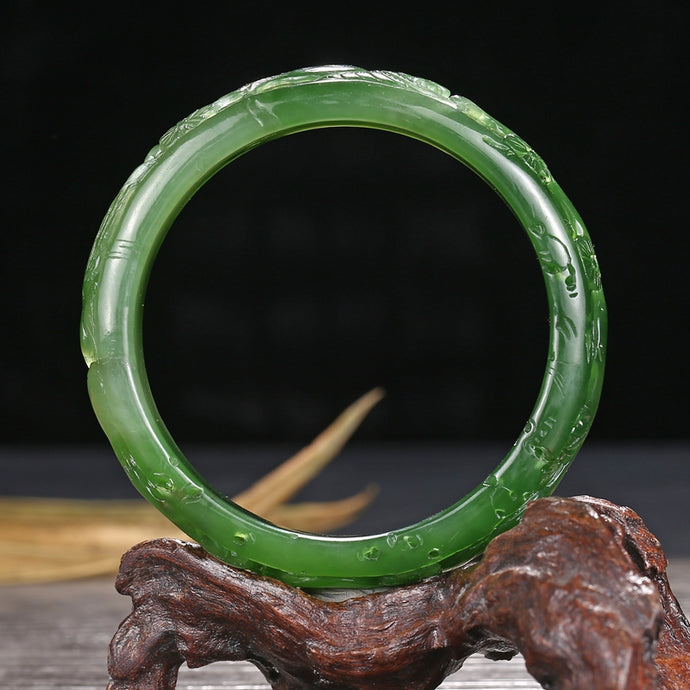 Jade bangle identification