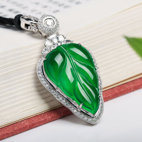 Natural jade carving pendant collectibles jadeite grade A