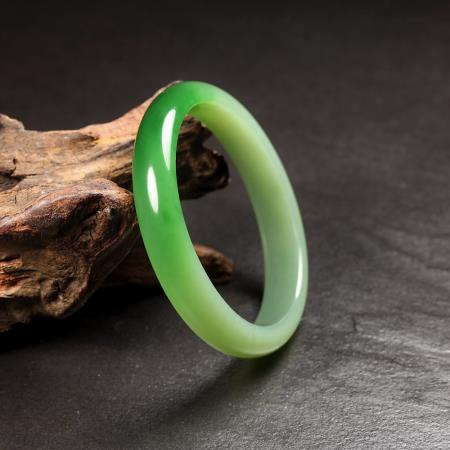 Natural jade bangle nephrite bangle