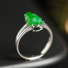 Natural jade ring gold jadeite toad ring