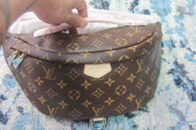 LV FANNY PACK BUMBAG
