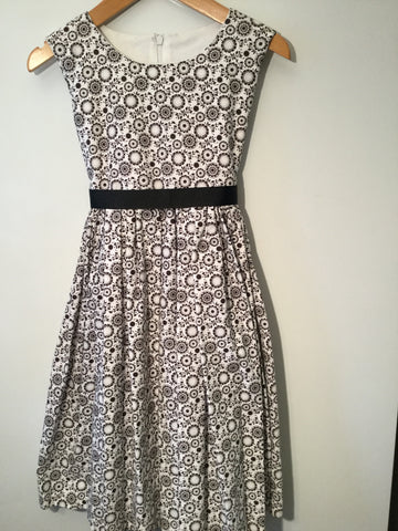 Black circle flowers girl's dress
