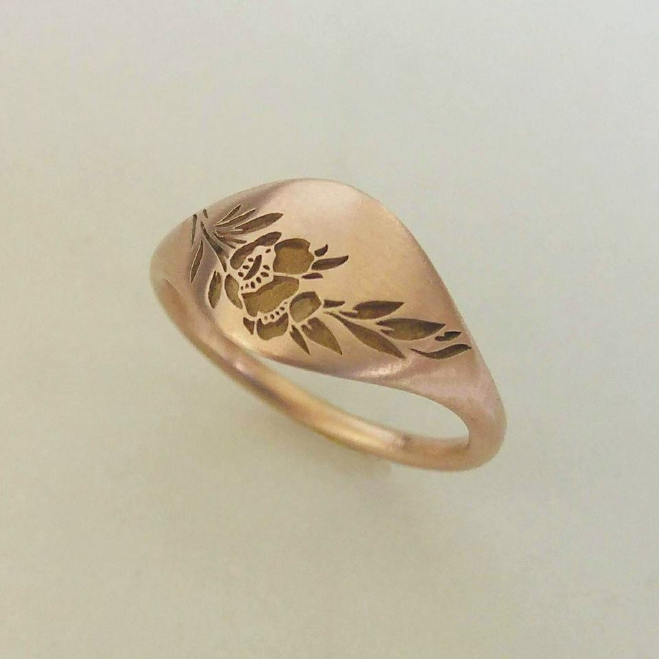 Vintage style wide flower wedding ring