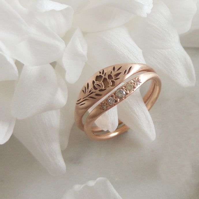 Vintage style rose gold Flora wedding ring set