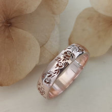 Floral wedding band, 14k gold vintage style floral ring